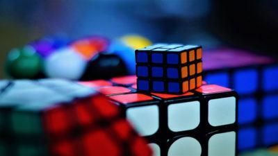Rubriks-Cube-Strategy